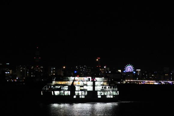 桜島フェリーから見た鹿児島の夜景_d0202264_22494547.jpg