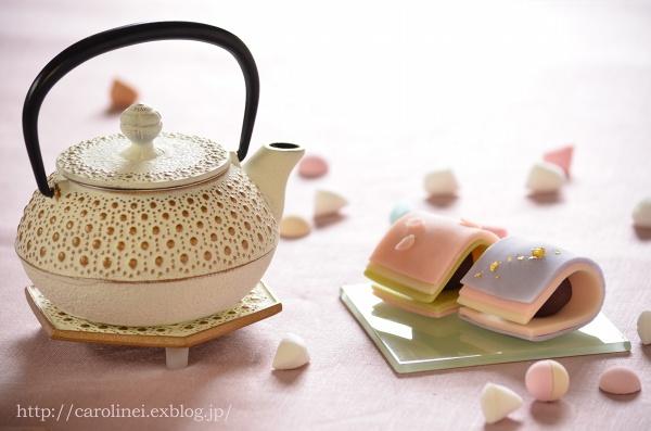 雛祭りの練りきり   Homemade Japanese Sweets of the Doll\'s Festival_d0025294_1827694.jpg