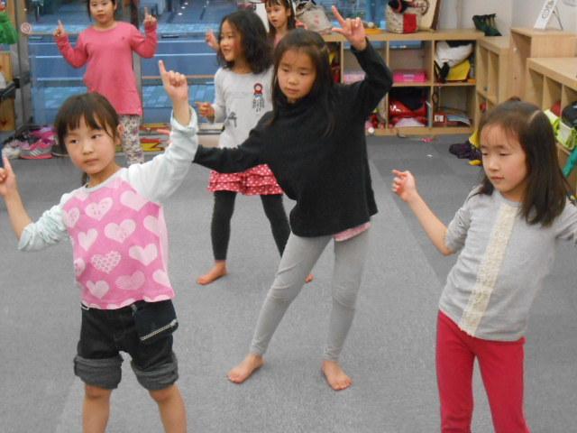 3月4日 ダンス教室_c0315908_19422920.jpg
