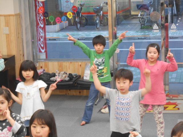3月4日 ダンス教室_c0315908_19450895.jpg