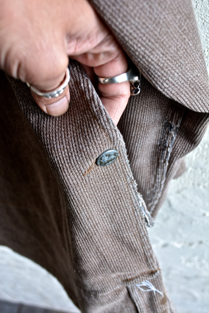 French hunting jacket with animal buttons_f0226051_1326376.jpg