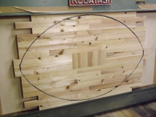 ラグビーボールのテーブル その二_f0206159_2044336.jpg