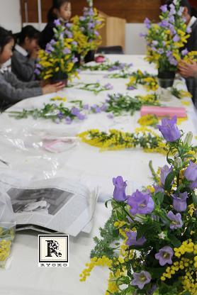 「お花のこよみ教室」 実技とペーパー試験_c0128489_2320030.jpg
