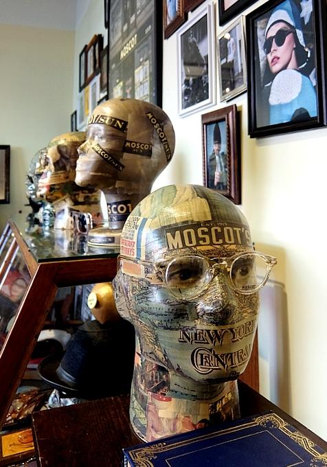 創業100年超のNYの老舗メガネ屋「モスコット」(MOSCOT)、なんと青山の骨董通りに進出!?_b0007805_114979.jpg