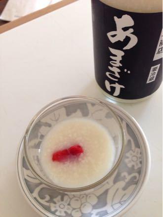 桜の葉っぱのチーズと甘酒に…_e0119321_1623797.jpg