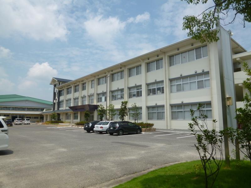 新年度から新体制になる岡山県教育委員会。_c0326333_06561313.jpg