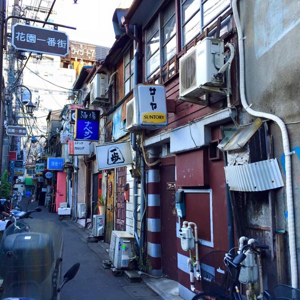 新宿ゴールデン街 / iPhone 6_c0334533_20381119.jpg