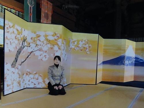 浅間神社大拝殿_e0240147_21524785.jpg