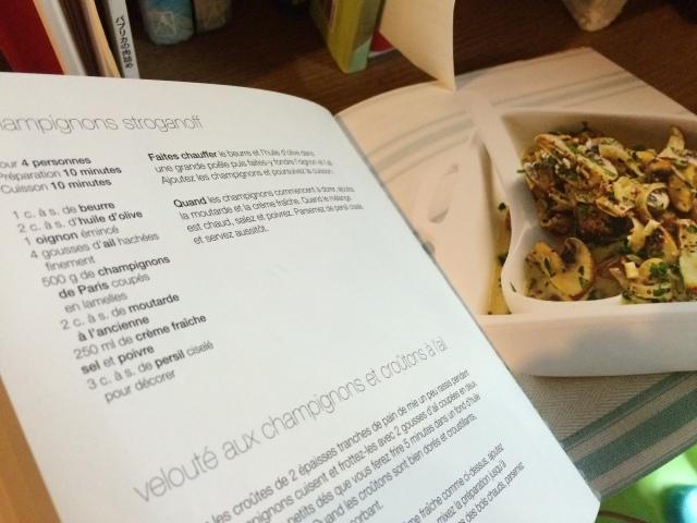 3月の料理「原木椎茸のストロガノフ」_d0177560_21512411.jpg