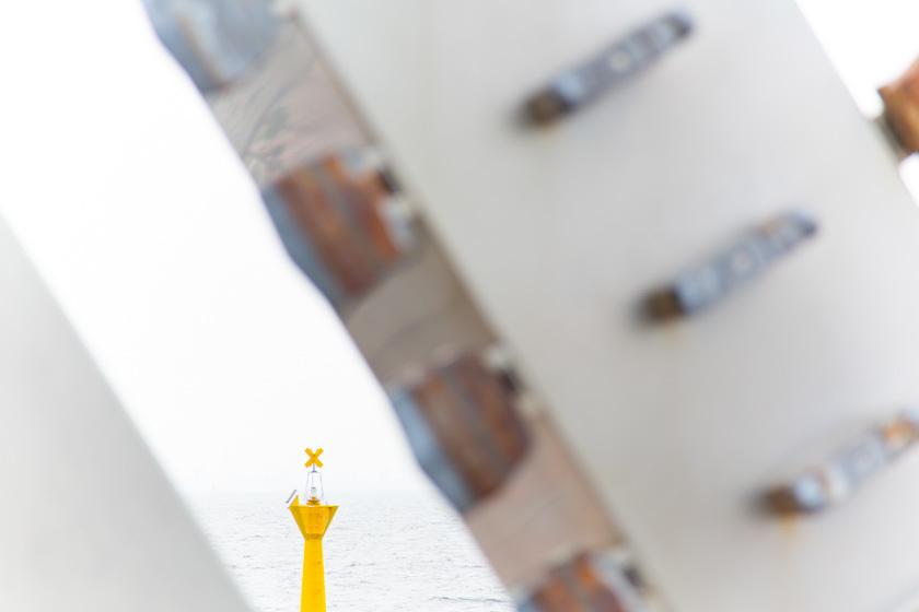 黄色い灯台_e0254298_20545804.jpg