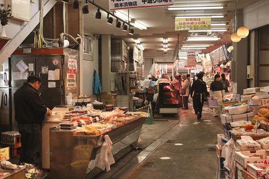 長崎県西浦上「住吉食品市場/中通市場」_a0096313_12415267.jpg