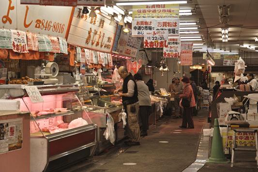 長崎県西浦上「住吉食品市場/中通市場」_a0096313_1242975.jpg