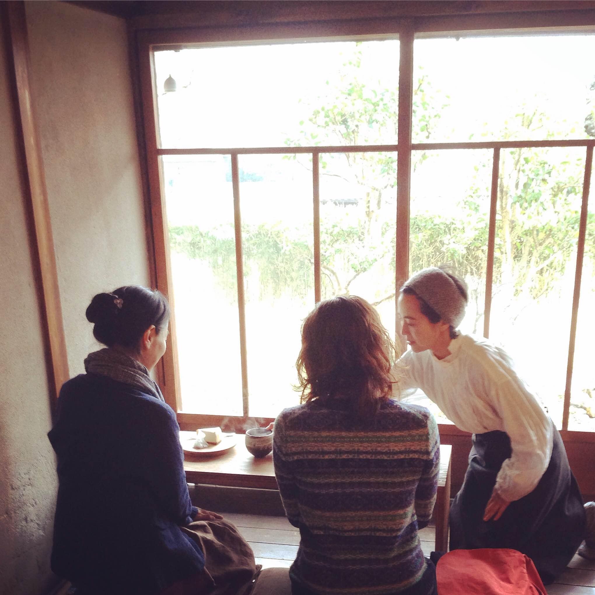 tsuzuruさんの喫茶開催中_d0210537_1548661.jpg