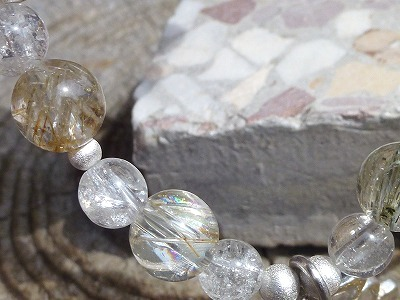 ガネッシュヒマール産水晶_c0165589_15562581.jpg