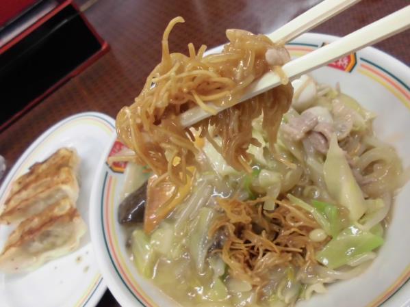 餃子の王将      多田店_c0118393_17142013.jpg