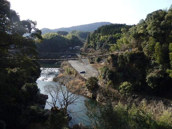 熊本県にある立神峡にて_f0337554_1646306.jpg