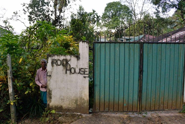 「文明は農業で動く」を訪ねる (スリランカの旅①)_d0231263_2328455.jpg