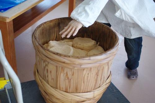 自家製木桶味噌仕込み2015 _c0110869_9381419.jpg