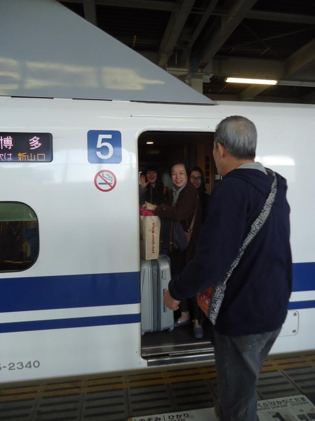 エルちゃん御一行さま広島到着!!_a0199979_232544.jpg