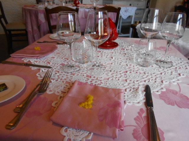 美食の街にある有名レストラン_b0305039_5312649.jpg