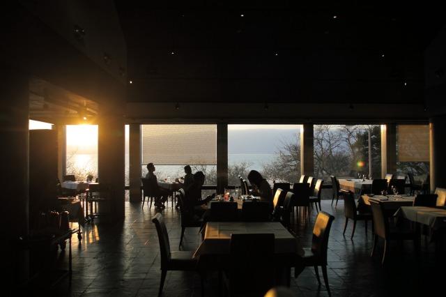 近江の湖畔レストランへ --LE POINT DE VUE(ル・ポワン・ドゥ・ヴュ)--_b0078651_020211.jpg