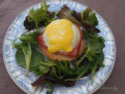 Eggs Benedictで簡単ランチ♪_f0238789_19343119.jpg