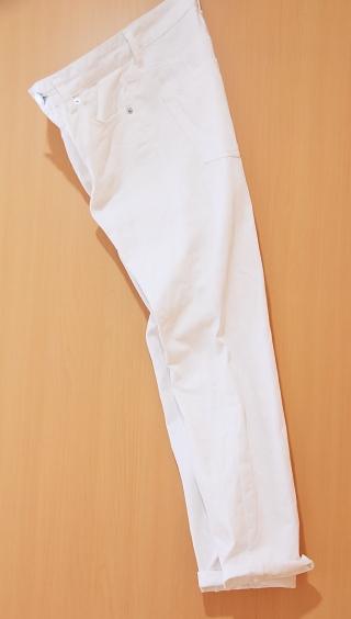 GU ボーイフレンドアンクルジーンズを買いました_b0131795_23552664.jpg