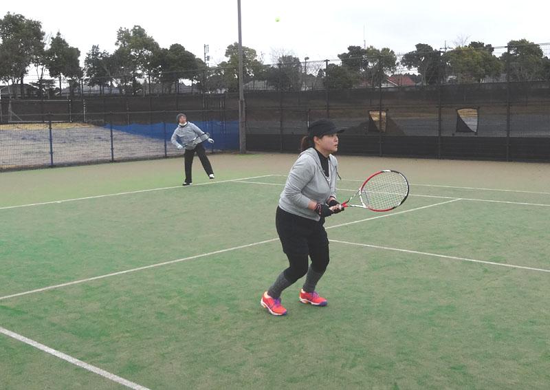 ネストテニスクラブとの親善試合を開催_b0114798_11203385.jpg