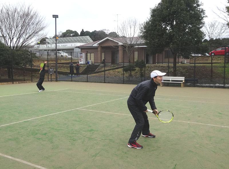 ネストテニスクラブとの親善試合を開催_b0114798_1121154.jpg