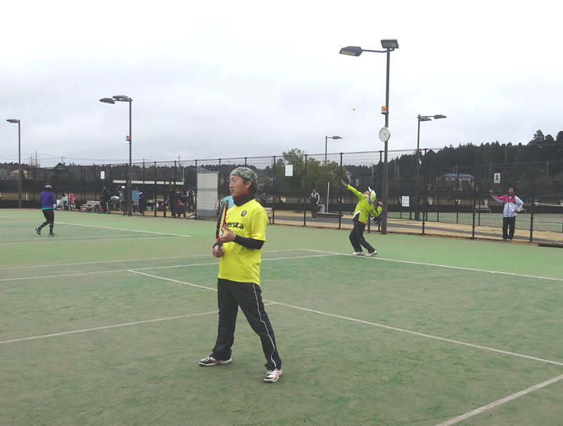ネストテニスクラブとの親善試合を開催_b0114798_11212847.jpg