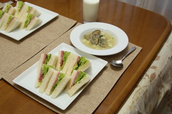 青豆ごはん和風弁当&朝食は、ハムサンド。_c0326245_09265485.jpg