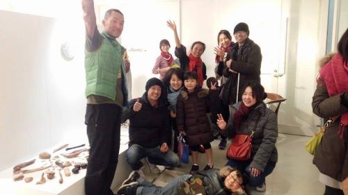 屋久島の木を磨くワークショップ冬フイナーレ!_b0160957_20111519.jpg