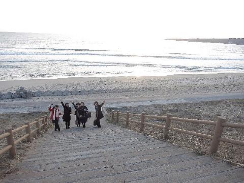 波静かなビーチサイドで。_b0141773_21324145.jpg