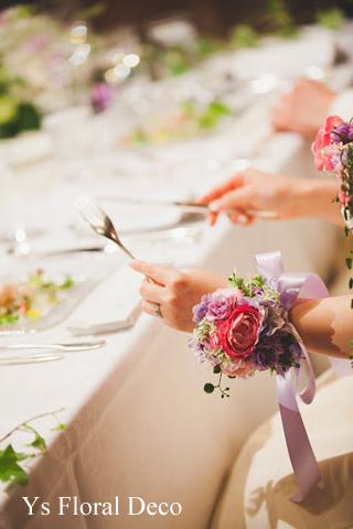 バストコサージュでイメージチェンジ&ワインテーマのテーブル装花_b0113510_10512751.jpg