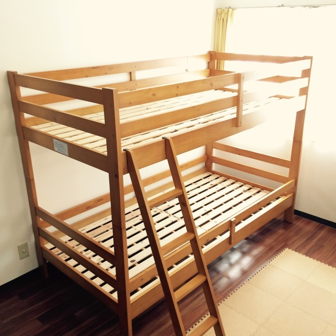 二階の子供部屋と二段ベッド : そらまめのおうち