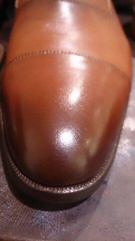 二種類の色の靴のお手入れは…_b0226322_18402139.jpg