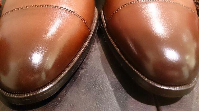 二種類の色の靴のお手入れは…_b0226322_18482728.jpg