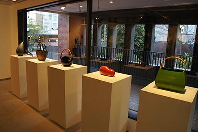 横浜美術大学卒業制作有志展「地点」開催中です。_f0171840_12502420.jpg