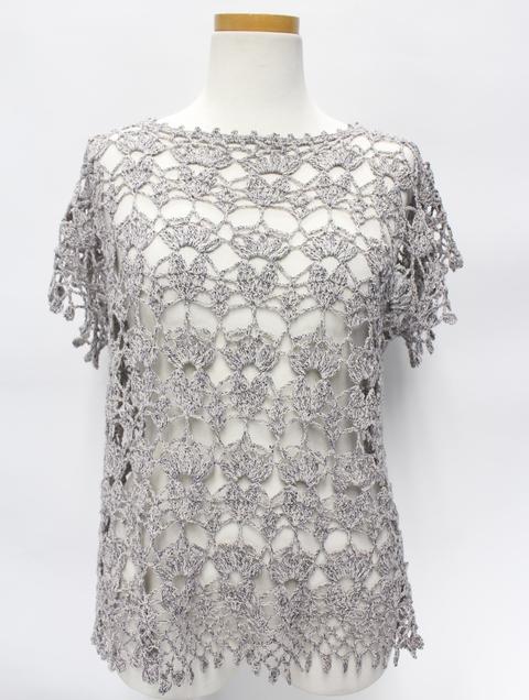 すてきな手編みの人気作品を別糸で編むと・・・_e0219061_184311.jpg