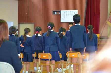 諸鈍小中学校卒業式!_e0028387_14144338.jpg