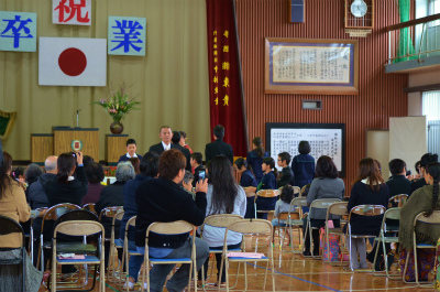 諸鈍小中学校卒業式!_e0028387_14295143.jpg