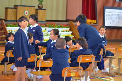諸鈍小中学校卒業式!_e0028387_1473797.jpg