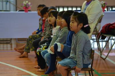 諸鈍小中学校卒業式!_e0028387_1485310.jpg