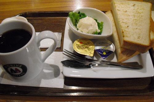 MORIVA COFFEE(モリバコーヒー) 『厚切りトースト』_a0326295_205475.jpg