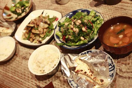 ある日の夕食_f0208315_0463275.jpg