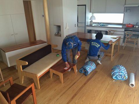 家具の引越し_a0059217_9273284.jpg