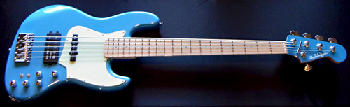 横倉くんオーダーの「Modern 5 JH-Bass #002」が完成!_e0053731_16182983.jpg