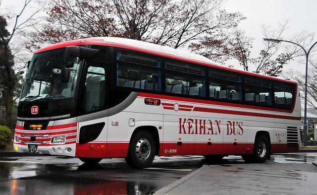 京阪バス~セレガHD  C-3266_a0164734_1061046.jpg