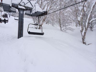 高鷲スノーパーク⭐️2日目も大雪!_c0151965_1745655.jpg