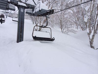 高鷲スノーパーク⭐️2日目も大雪!_c0151965_1745662.jpg
